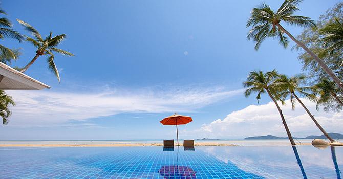 La Lagune Villa  Sun Loungers