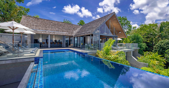 Villa Benyasiri  Swimming Pool