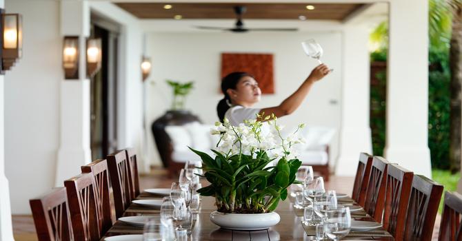 Villa Hibiscus  Dining Area