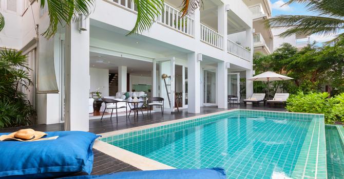 Villa M  Swimming Pool