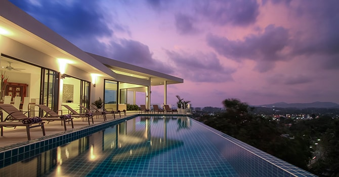 Villa Serenity  13m x 4m Infinity Pool w/ Jacuzzi