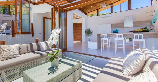 Villa White Phoenix 6
