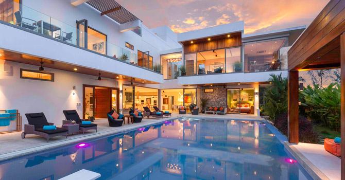 Villa White Skies  Swimming Pool